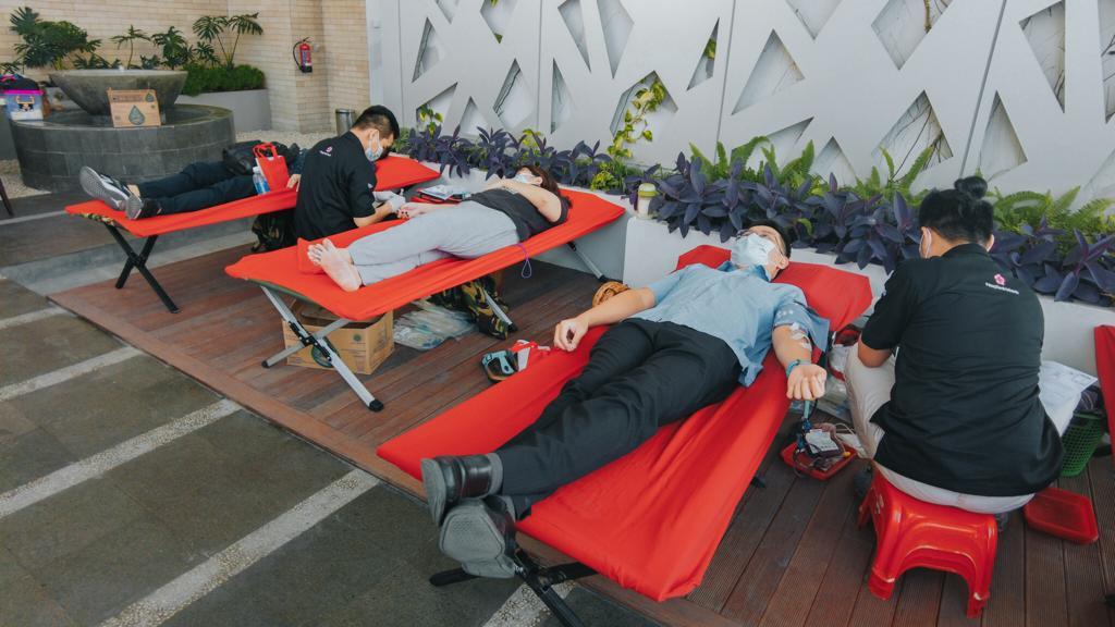 Rayakan HUT Kota Medan ke 431, The Reiz Condo Adakan Donor Darah